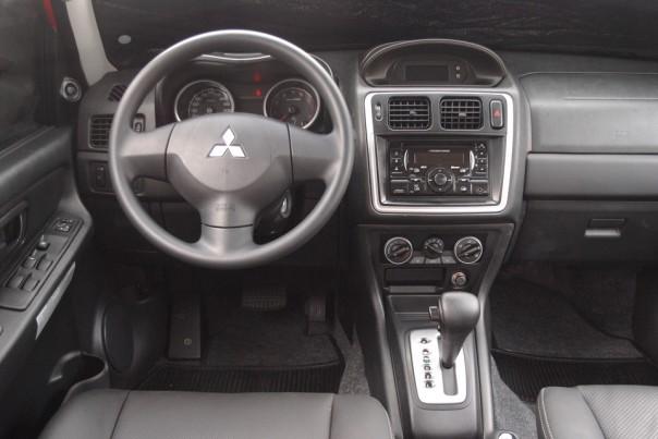 Mitsubishi Pajero TR4 2010