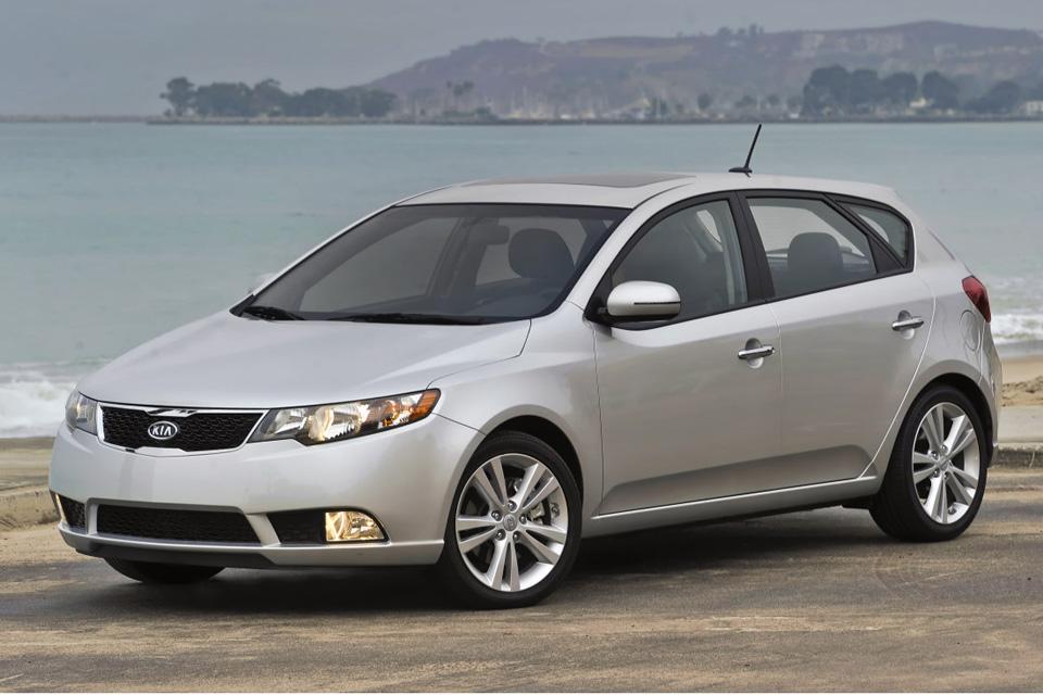 Kia Confirma Cerato Hatch Para 2012 Com Motor Do Koup