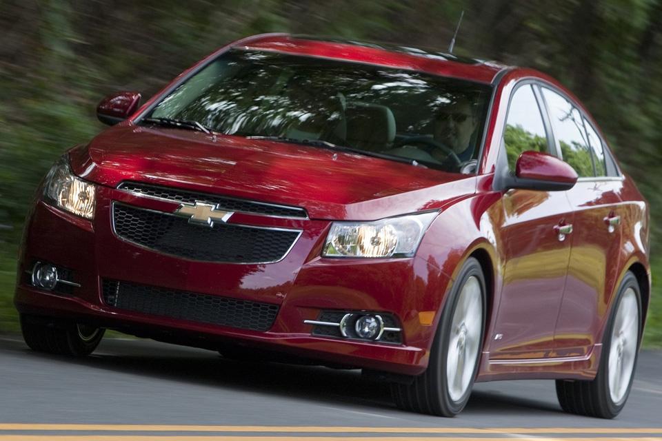 Chevrolet Cruze parte de R$ 67.900 na versão LT
