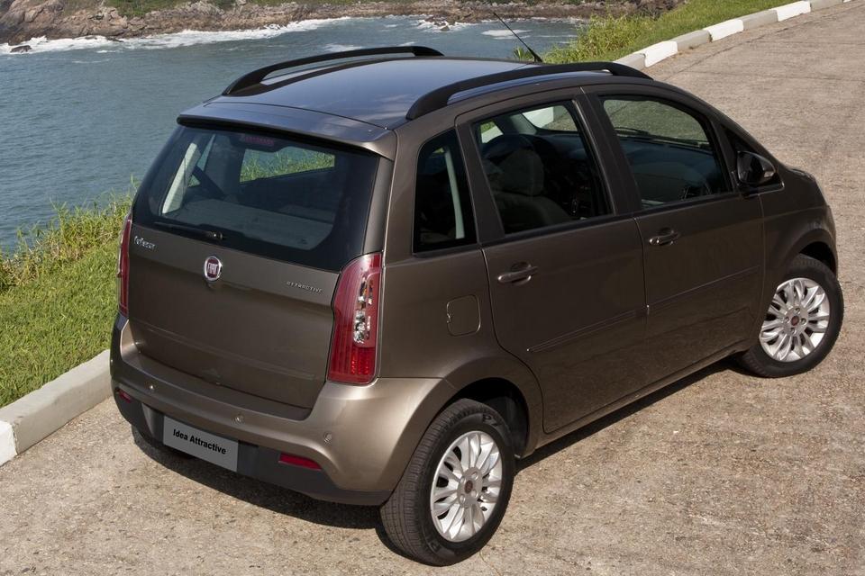 fiat idea attractive ganha duplo airbag e freios abs com