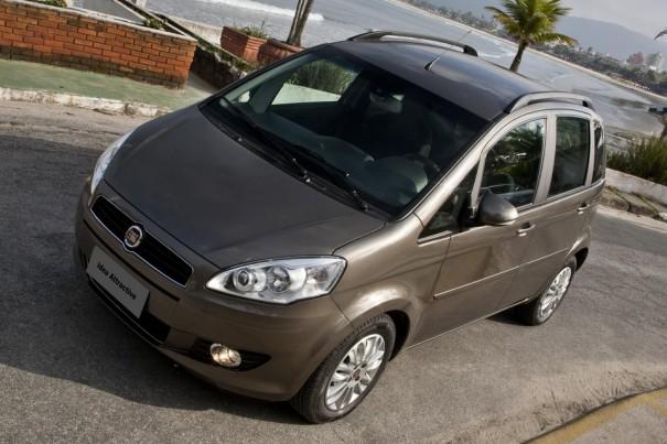 Fiat idea attractive ganha duplo airbag e freios abs com for Fiat idea attractive top