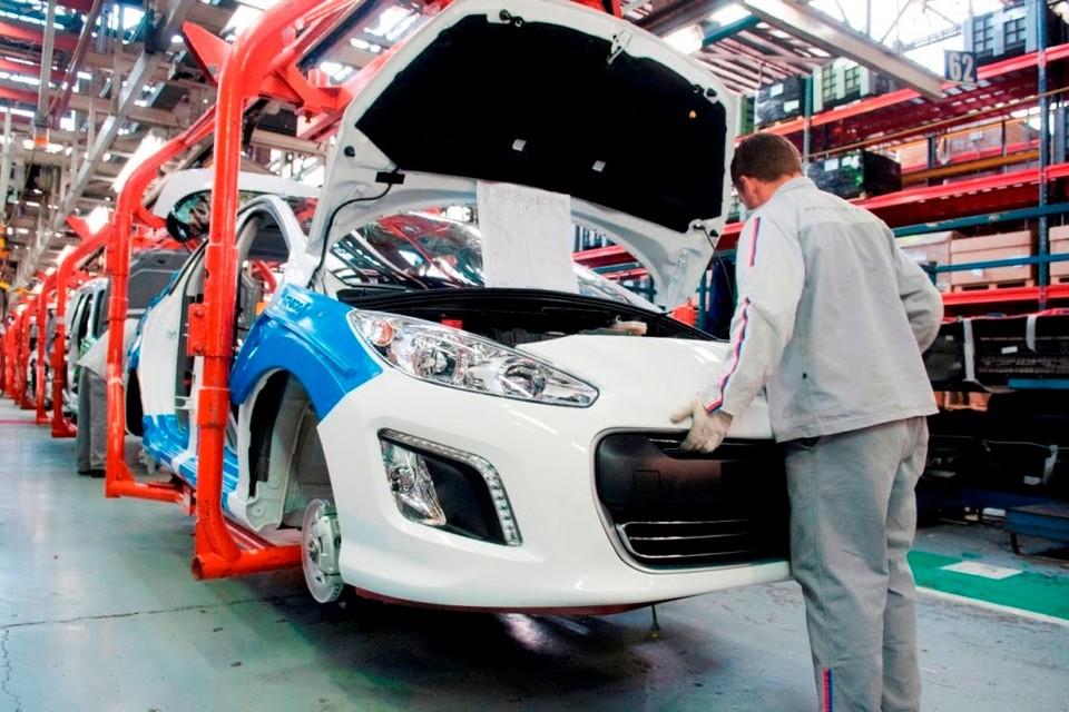 Peugeot inicia produção do novo 308 na Argentina