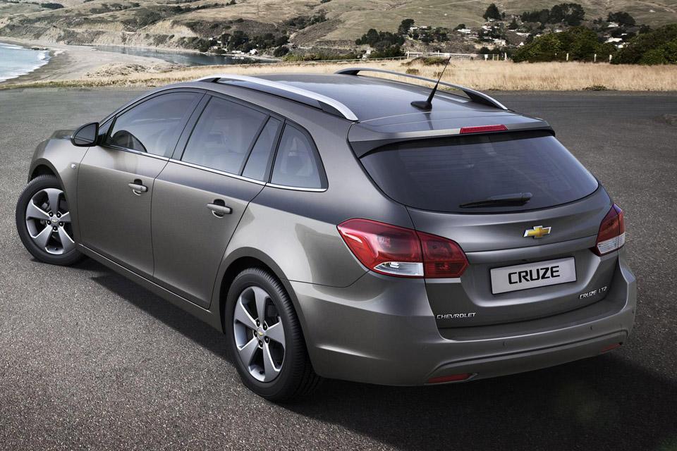 Chevrolet revela o novo Cruze SW