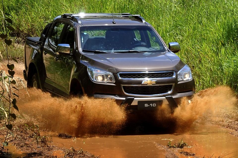 Chevrolet S10 e TrailBlazer 2014 recebem motor de 200 cv