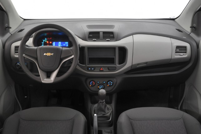 Avaliação  Chevrolet Spin não tem porte para substituir Zafira ... ad574bc193