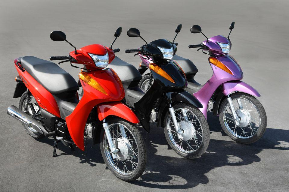 Honda Biz Com Motor 100 Retorna à Nova Linha Da Motocicleta Blogauto