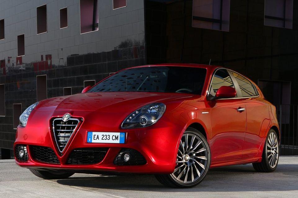 Alfa Romeo retornará ao Brasil através das concessionárias Chrysler