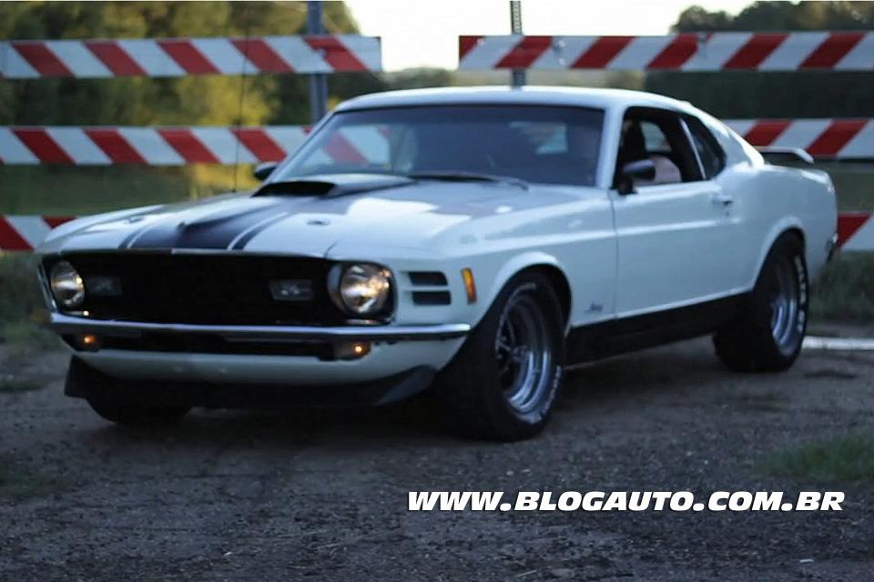 Veja um vídeo com o Ford Mustang Mach 1 1970