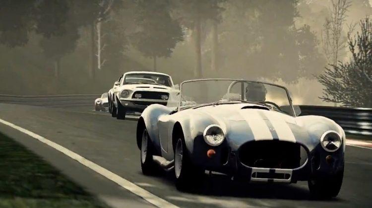 Corrida com os carros Shelby: Cobra e Mustang