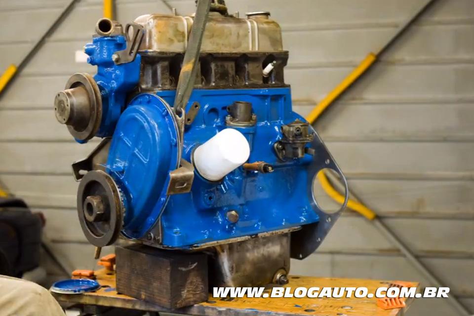 Veja como restaurar um motor antigo