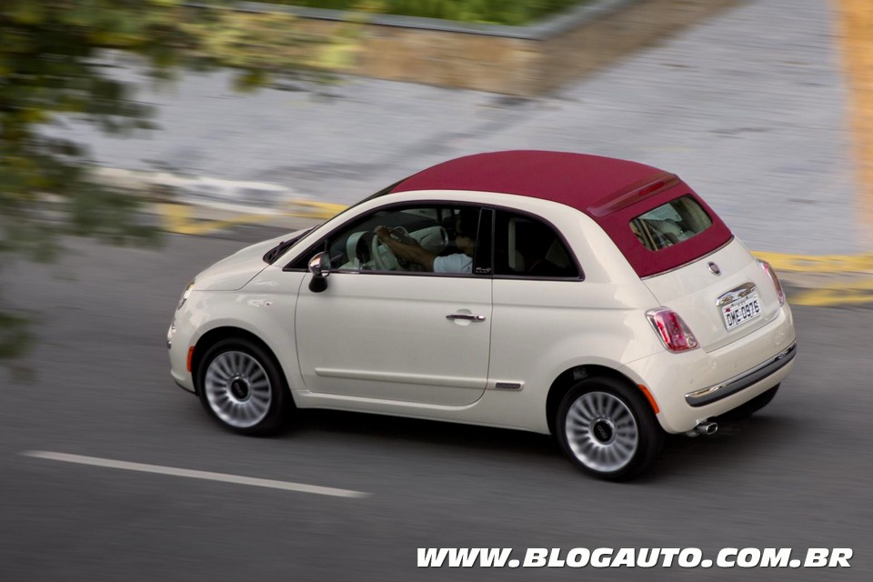 fiat 500 cabrio ser o convers vel mais barato do brasil blogauto. Black Bedroom Furniture Sets. Home Design Ideas