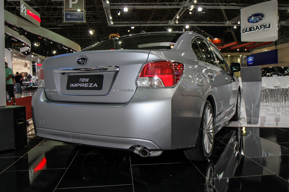 http://www.blogauto.com.br/wp-content/2012/10/Subaru-impreza-salaosp12-02_960_640.jpg