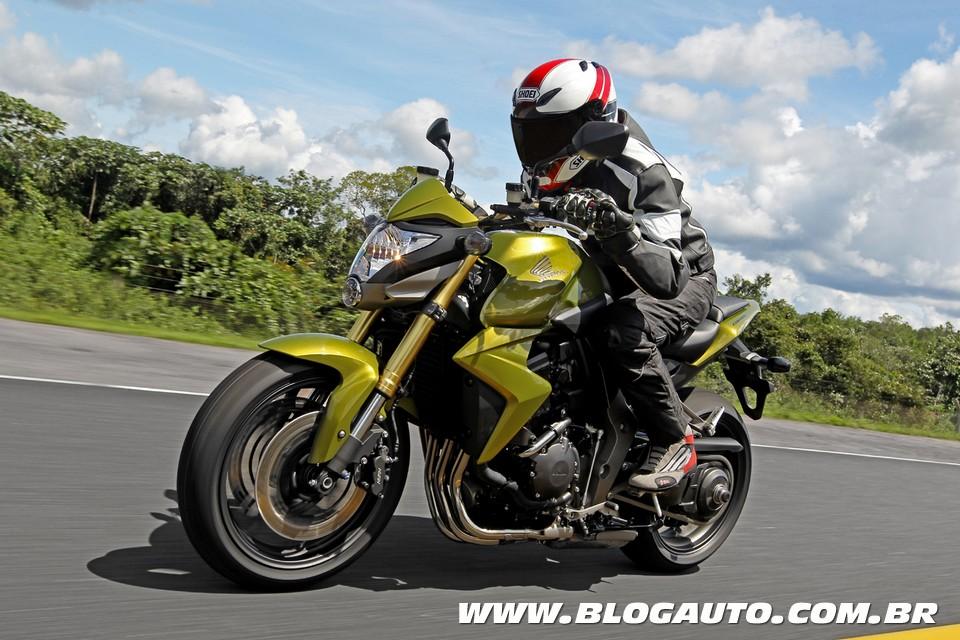 """Honda CB 1000R ganha prêmio como """"Moto do Ano"""""""