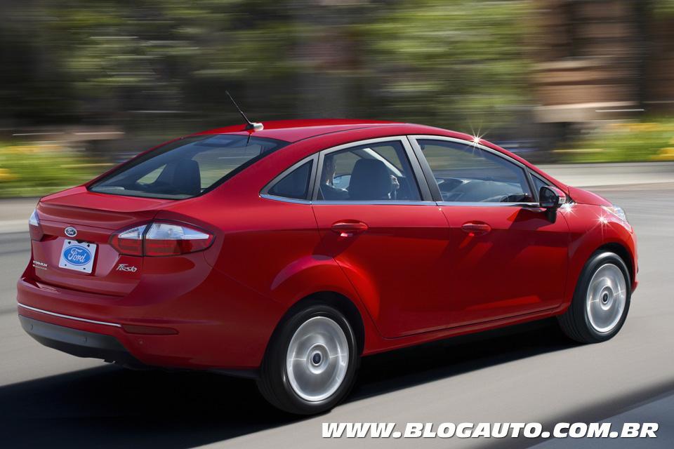 Ford New Fiesta Sedan 2014 continua vindo do México