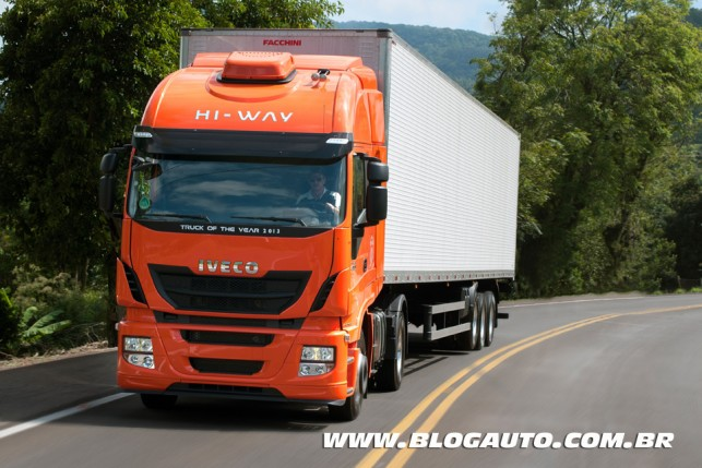 Iveco Stralis Hi-Way 2014
