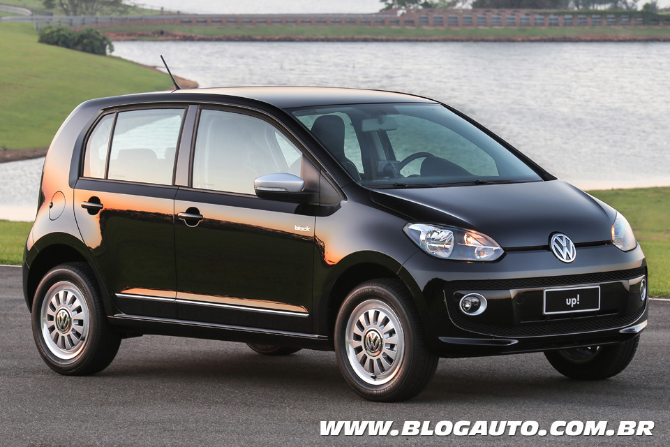 Volkswagen up! 2015 Preto Ninja
