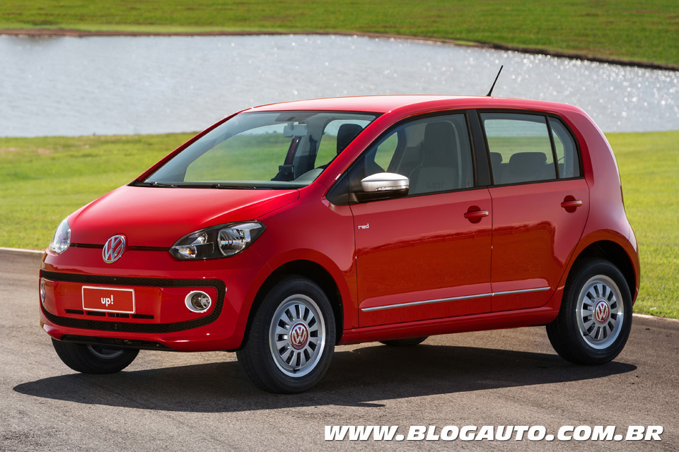 Volkswagen up! 2015 Vermelho Flash