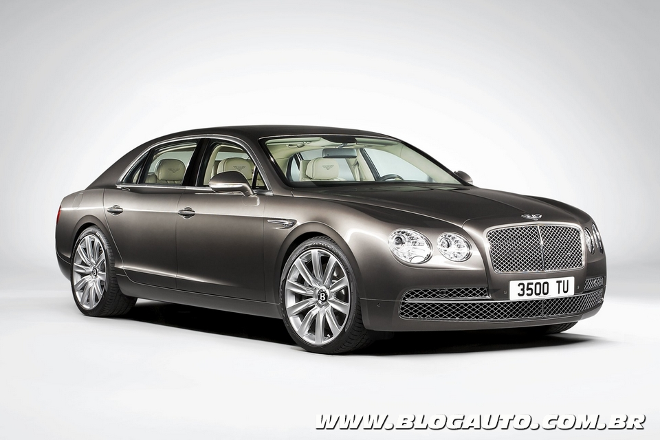 Nova geração do Bentley Flying Spur chega por R$ 1.458.000