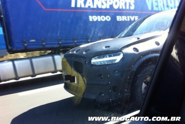 Flagra do novo Volvo XC90