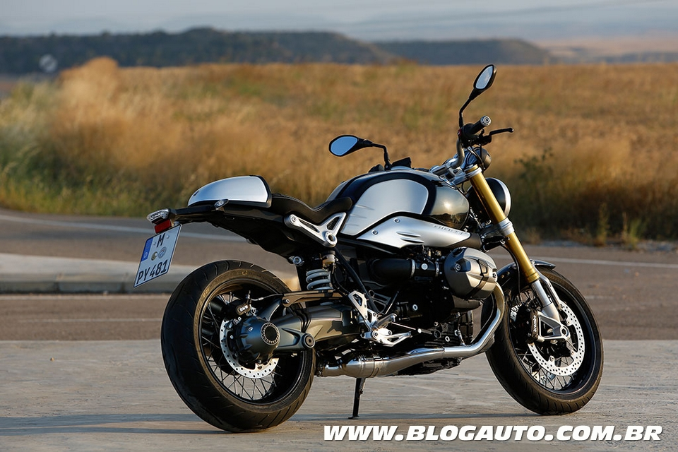 s 1000 r e r nine t s o as novas esportivas da bmw blogauto. Black Bedroom Furniture Sets. Home Design Ideas