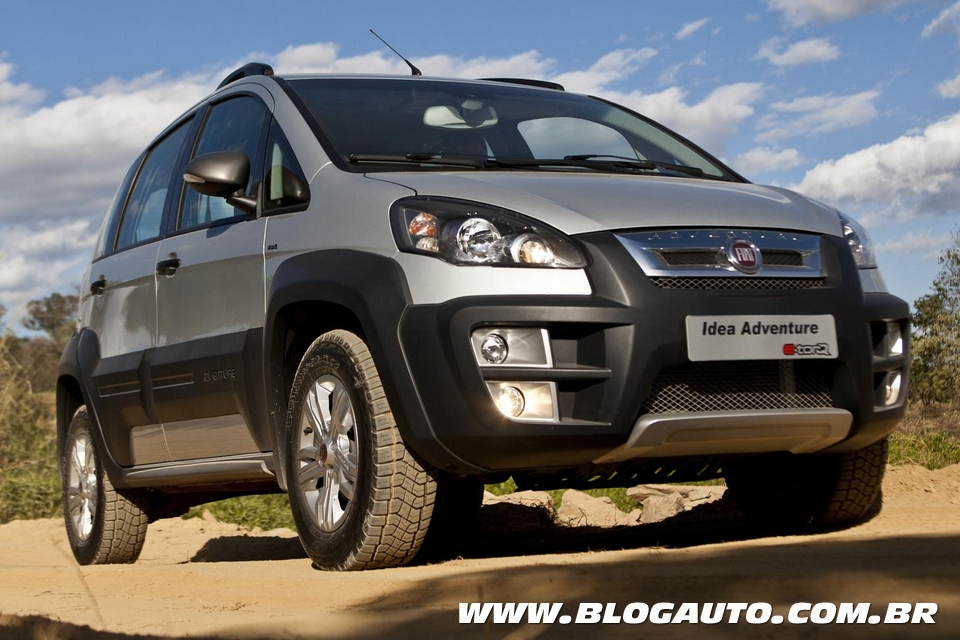 Fiat siena el e idea ficam mais caros para 2015 blogauto for Precio de fiat idea adventure 2015