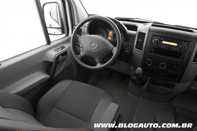 Mercedes-Benz Sprinter 415 CDI 9+1
