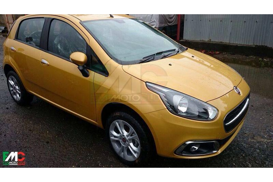 Flagra do Fiat Punto 2015