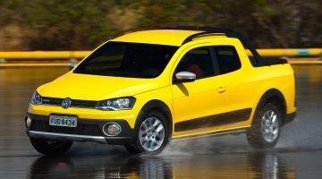 Volkswagen Saveiro Cabine Dupla 2015 Cross