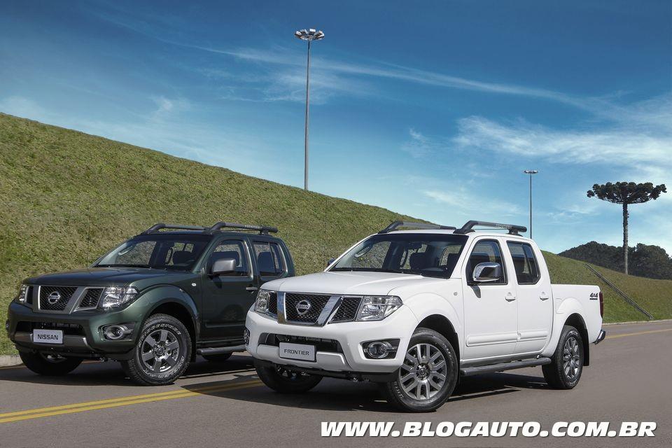 Nissan Frontier ganha opção de central multimídia