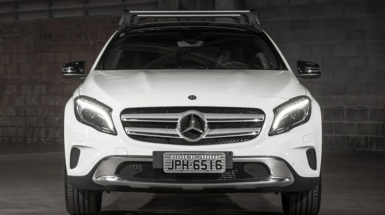 Mercedes-Benz GLA 200 2015
