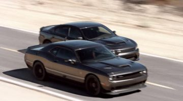 Dodge Charger 2015 e Dodge Challenger 2015