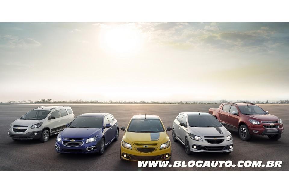 Chevrolet mostra Cruze 2015 e Spin Activ ao Salão