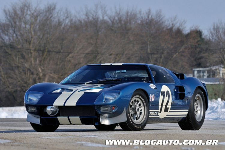 10 Ford GT40 protótipo 1964 – US$ 7.000.000