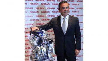 Carlos Ghosn e o motor 1.0 três cilindros da Nissan
