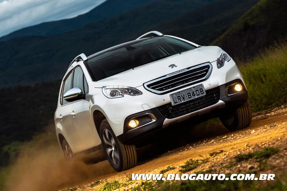 Avaliação: Peugeot 2008 com motor turbo empolga