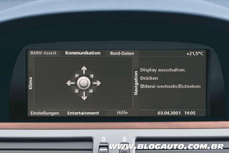 Sistema iDrive, do BMW Série 7 de 2002