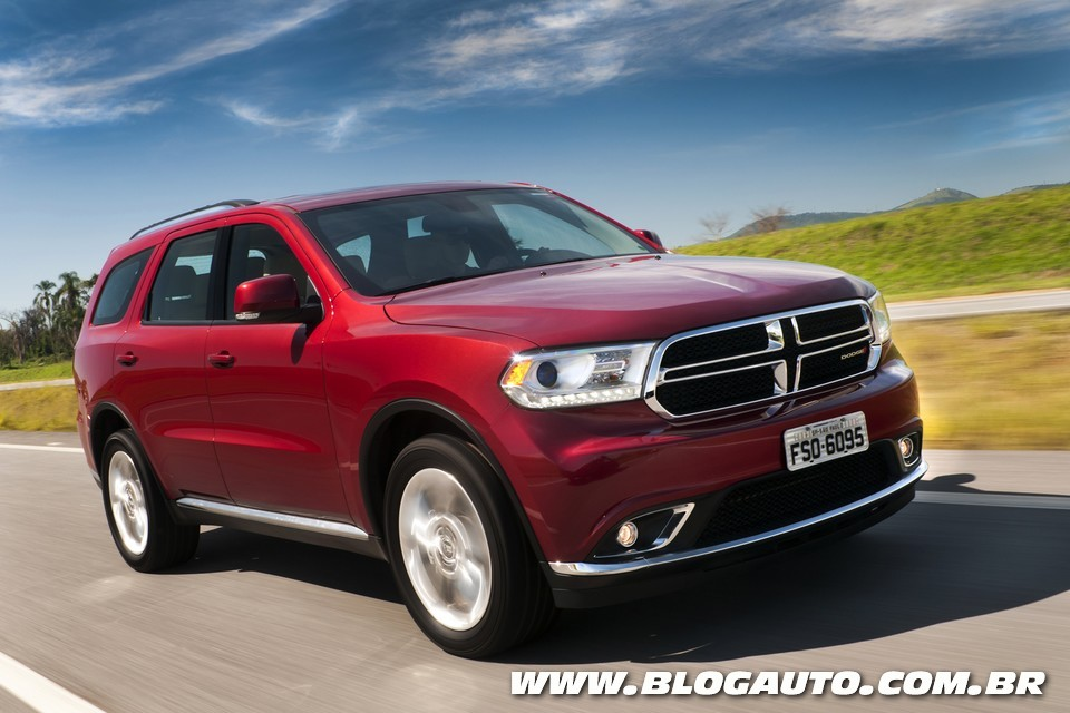 dodge durango 2015 chega com melhorias blogauto. Black Bedroom Furniture Sets. Home Design Ideas