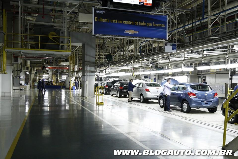 GM comemora 15 anos do complexo de Gravataí