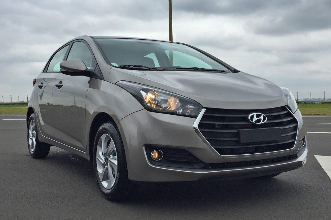 O Hyundai HB20 1.0 Comfort Plus não é o modelo mais barato do hatch -  função que cabe ao HB20 1.0 Comfort, precificado em R  38.995 reais, ... 656bee8f8e