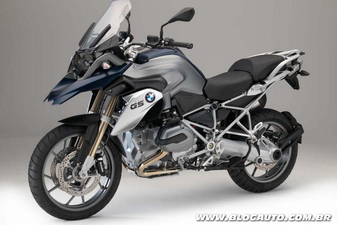BMW lança nova naked F 900 R com motor bicilíndrico em