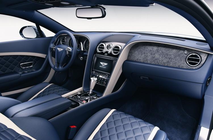 Interior com detalhes em pedra da Bentley