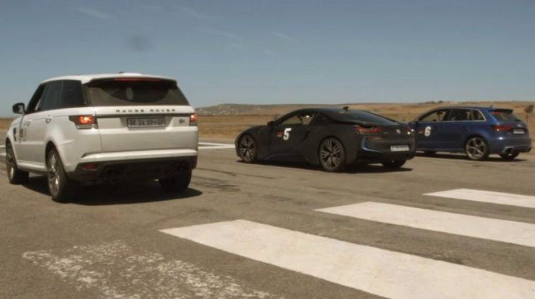 Audi RS3, BMW i8 e Range Rover Sport SVR na pista