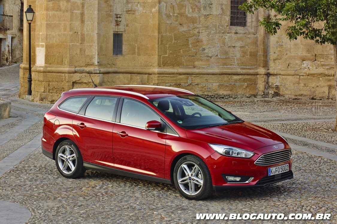 ford focus estate aparece em patente no brasil blogauto. Black Bedroom Furniture Sets. Home Design Ideas