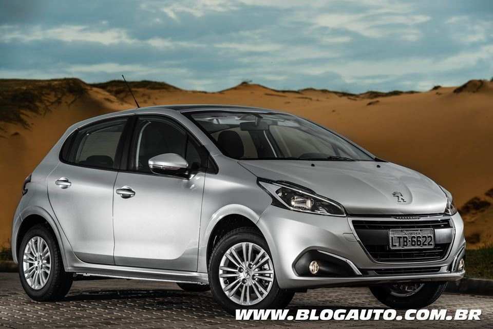 Avaliação: Peugeot 208 2017, o mais econômico do Brasil