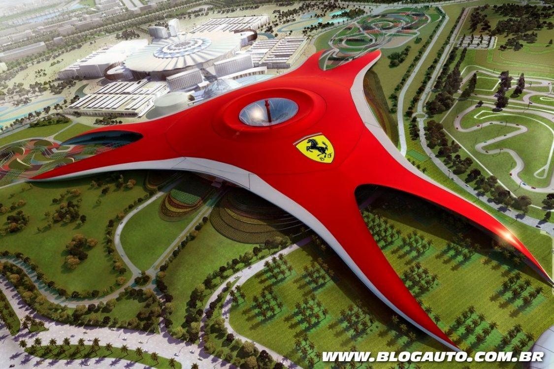 Ferrari World em Abu Dhabi tem montanha russa insana