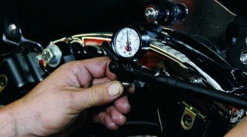 Calibragem da suspensão em moto Harley-Davison