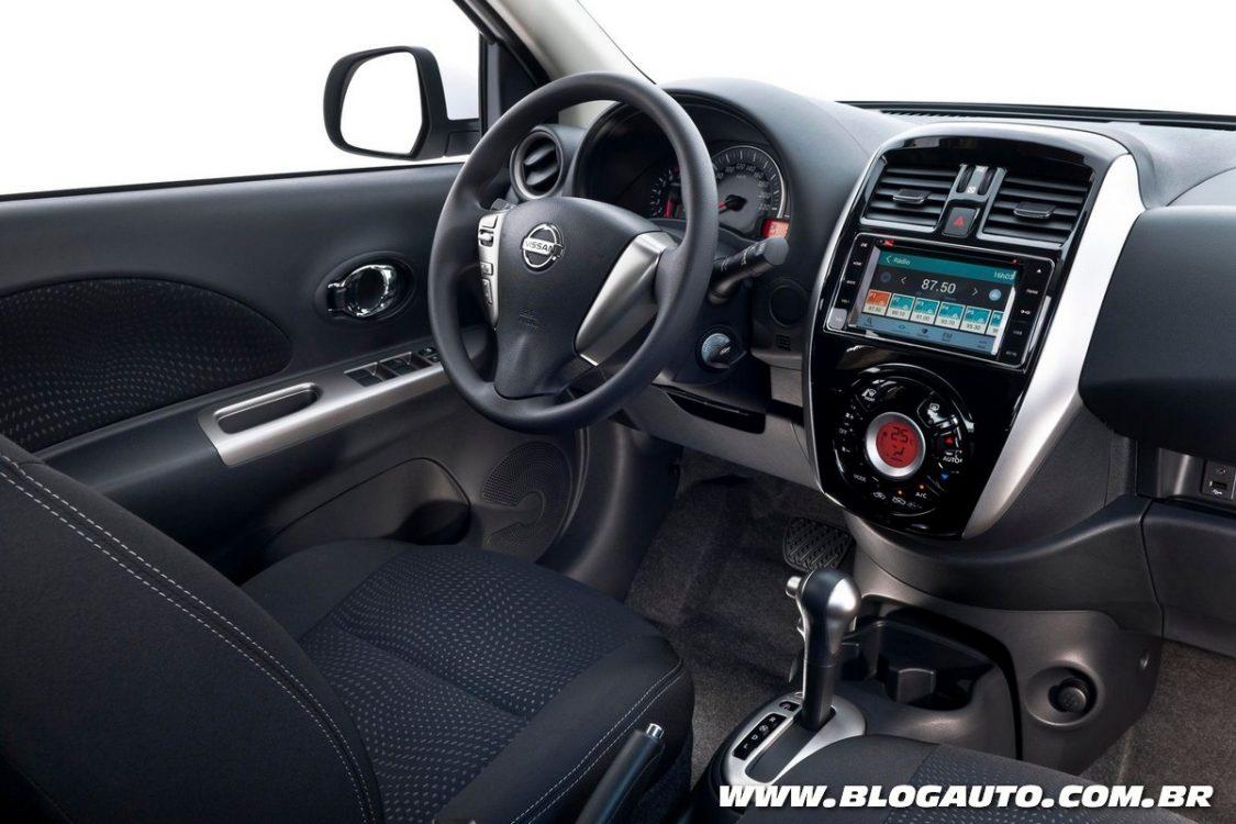 Avaliação: Nissan March e Versa estreiam câmbio CVT - BlogAuto