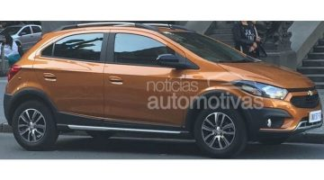 Flagra do novo Chevrolet Onix Activ 2017