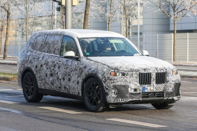 Flagra do novo BMW X7