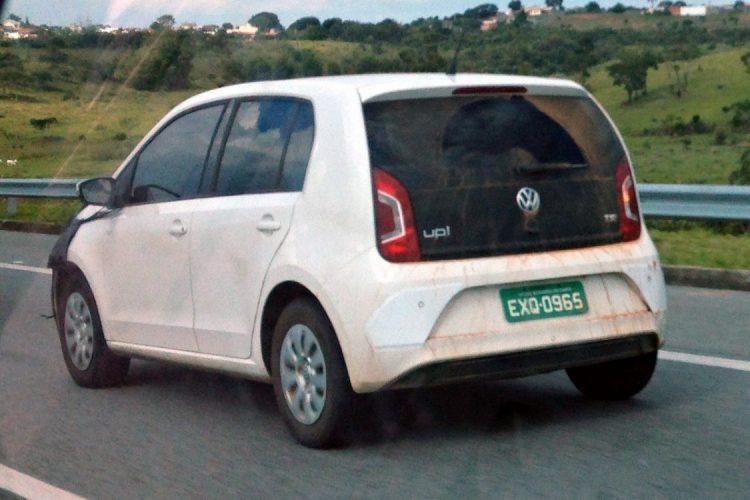 Flagra do novo Volkswagen up! 2017 no Brasil